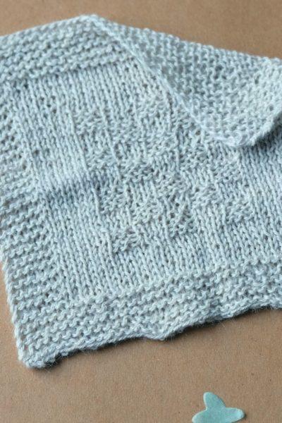 Anleitung zum Stricken einer einfachen Babydecke